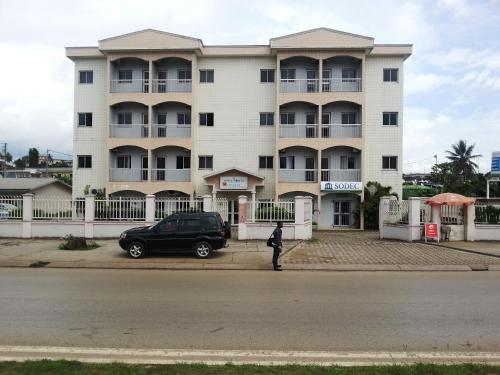 Hotel Pictures: Hotel Hibiscus Blvd Triomphal, Libreville