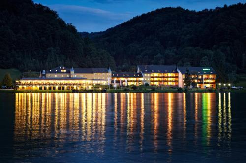 ホテル写真: Hotel Donauschlinge, Haibach ob der Donau