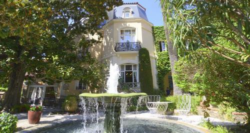 Hotel Pictures: Relais du Silence Casa Païral, Collioure