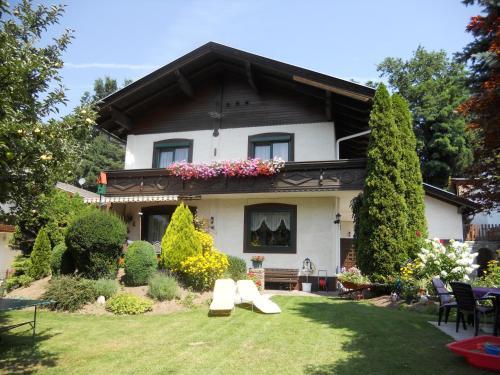Photos de l'hôtel: Ferienwohnung Gerti Kalt, Lieserhofen