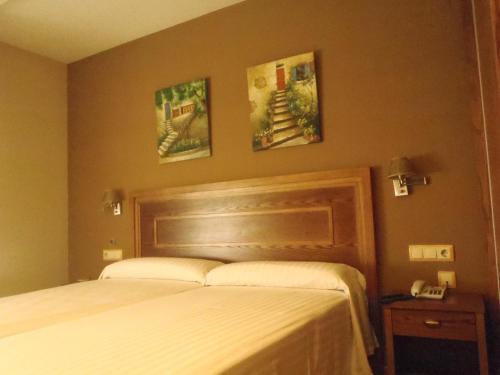 Hotel Pictures: , Novelé