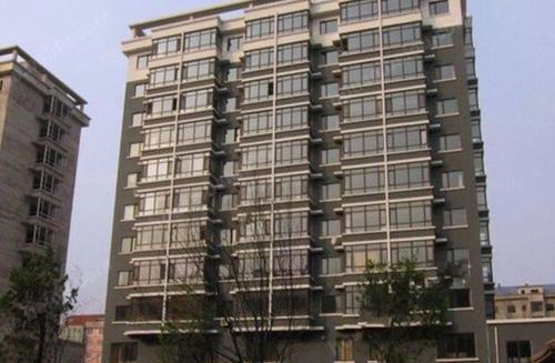 Hotel Pictures: Qigongguan Hot Spring Theme Apartment, Dandong
