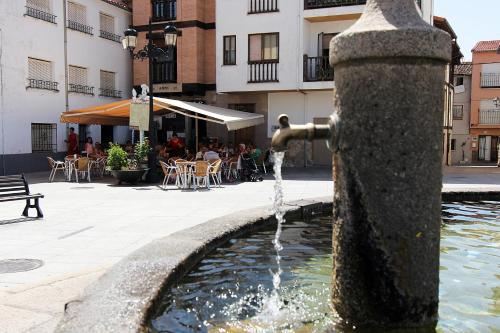 Hotel Pictures: , Candeleda