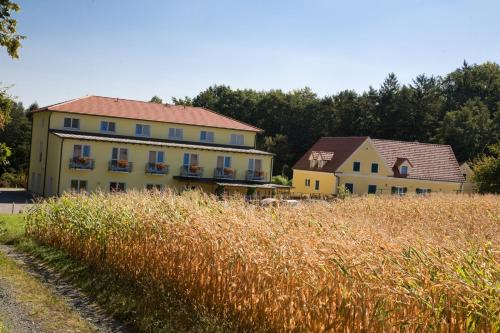 Foto Hotel: Bad Blumauerhof, Bad Blumau