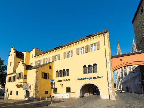 Hotel Pictures: ACHAT Plaza Herzog am Dom Regensburg, Regensburg