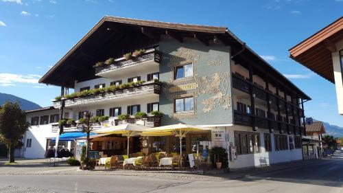 Hotel Pictures: Hotel Löwen, Reit im Winkl
