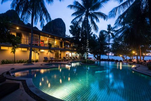 Sand Sea Resort