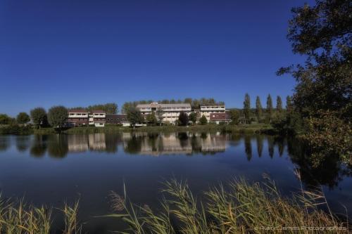 Hotel Pictures: , Bourbonne-les-Bains