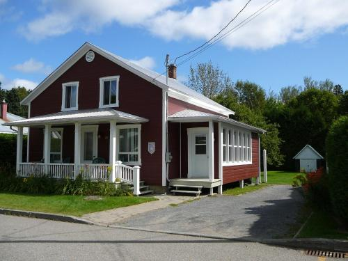 Hotel Pictures: La Maison Clarence, Baie-Saint-Paul