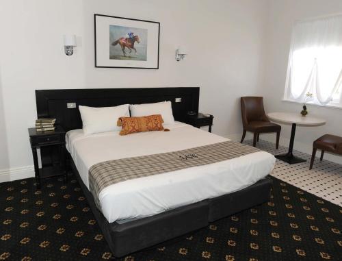 Fotos do Hotel: The Yarrawonga Hotel, Yarrawonga