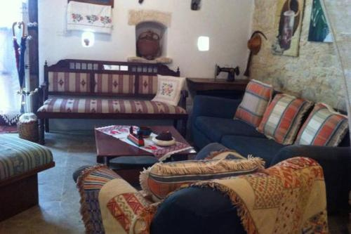 Hotel Pictures: , Salamiou