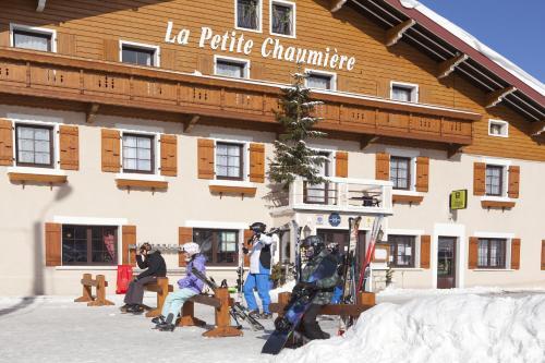 Hotel Pictures: La Petite Chaumiere, Gex