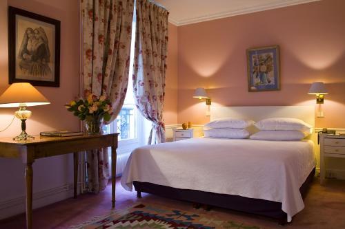 H tel de s vres parijs viamichelin informatie en for Hotels 75006