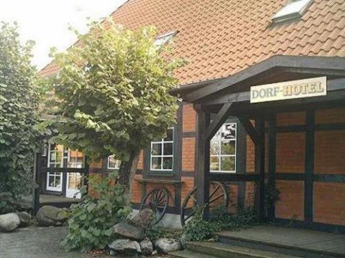 Hotel Pictures: Hotel und Landgasthof zum Hahn, Gammelin