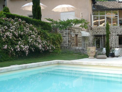 Hotel Pictures: , Quincié-en-Beaujolais