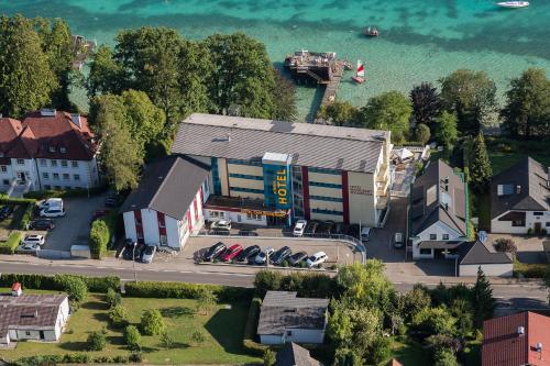 酒店图片: Hotel Attersee, 瓦尔辛湖