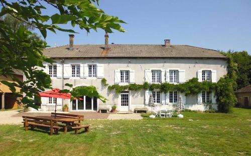 reservation hôtel xertigny