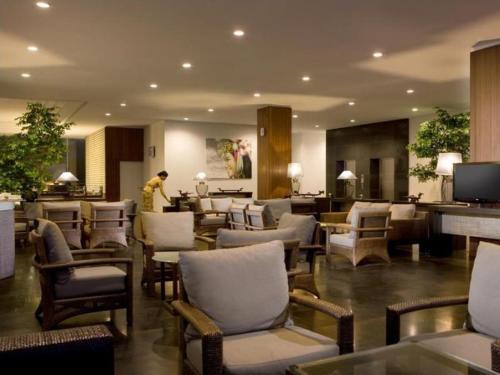 Hakaya Plaza Hotel