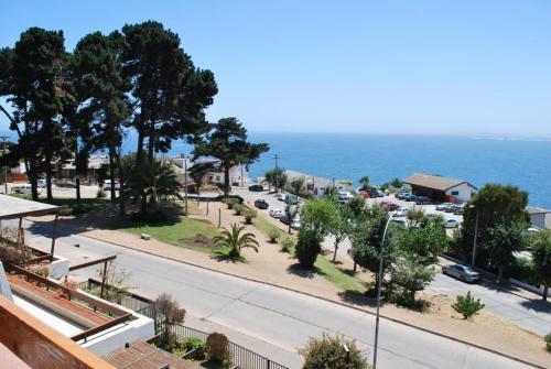 Hotel Pictures: Departamento Labarca, Concón