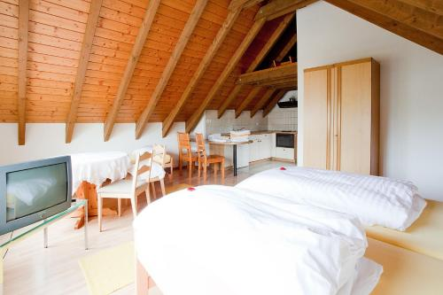 Hotel Pictures: , Embrach