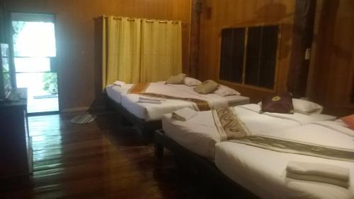 Huen Dok Kaew Resort
