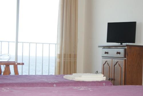 Hotel Pictures: Apartamentos Los Saltos, La Restinga