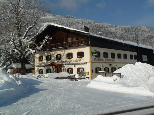 Foto Hotel: Gasthaus Hohenkendl, Schwendt