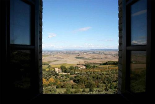 Three-Bedroom Holiday home in Montalcino
