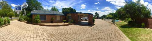 Hotellikuvia: Orana Windmill Motel, Gilgandra