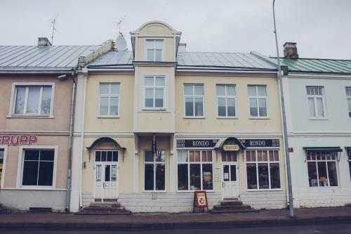 Hotel Pictures: Rondo Guesthouse, Haapsalu