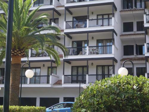 Hotel Pictures: L'espadon, Font de Sa Cala