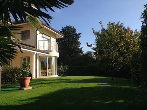 Hotel Pictures: , Mont-sur-Rolle