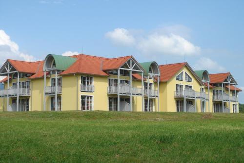 Hotel Pictures: Lipno - Seepark Residence, Horní Planá