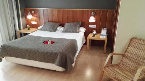 Hotel Pictures: , Huarte