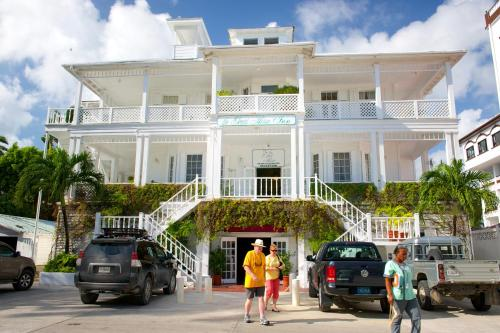 Hotel Pictures: The Great House Inn, Belize City