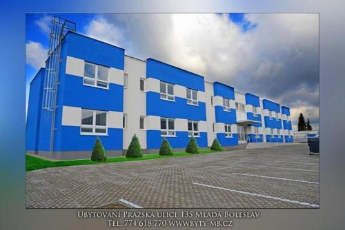Hotel Pictures: Aparthotel Westward Real, Mladá Boleslav
