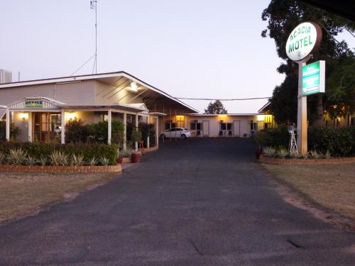 Hotel Pictures: Acacia Motel, Chinchilla
