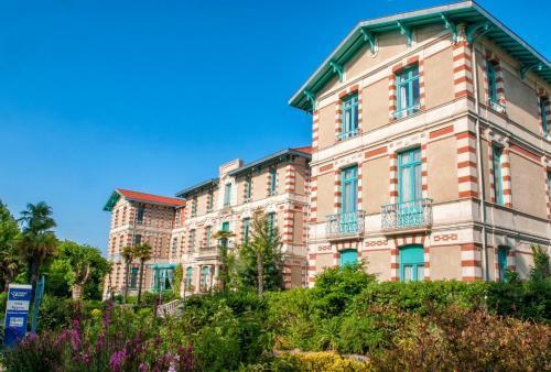 Hotel Pictures: Résidence Vacances Bleues Villa Regina, Arcachon
