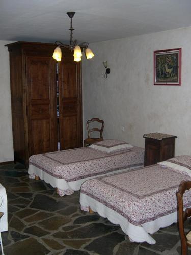Hotel Pictures: La bergerie, Sainte-Eulalie-de-Cernon