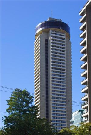 Hotel Pictures: The Empire Landmark Hotel, Vancouver