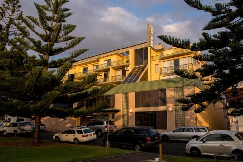 Hotel Pictures: Newcastle Beach Hotel, Newcastle