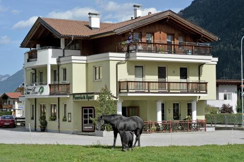 Fotografie hotelů: Apartments zum Grian Bam, Ried im Zillertal