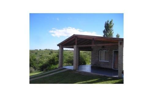 Hotel Pictures: Chalet De La Villa, Villa Parque Siquiman