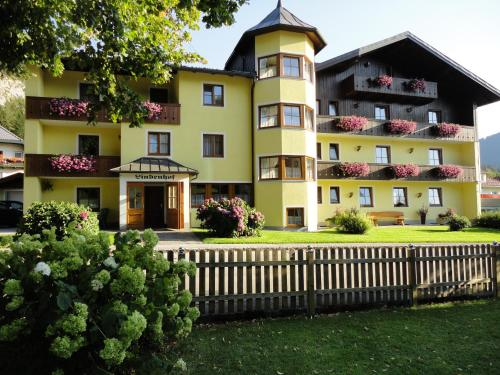 Hotellikuvia: Pension Lindenhof, Fuschl am See