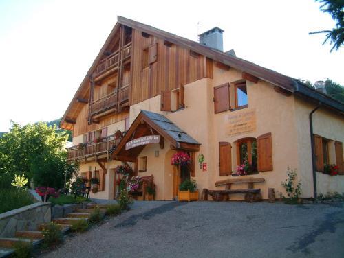 Hotel Pictures: , Puy-Saint-Pierre