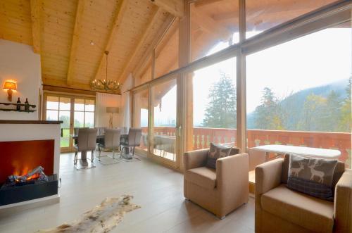 Zdjęcia hotelu: Chalet 15 - Gruenwald by Alpen Apartments, Wald im Pinzgau