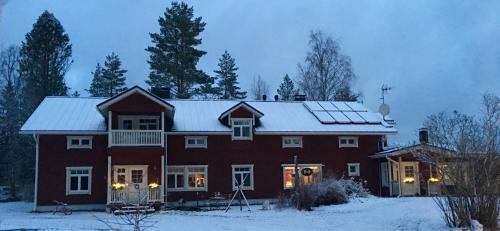 Hotel Pictures: , Saarijärvi
