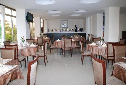 Hotel Pictures: Alwaq Hotel, Bahir Dar
