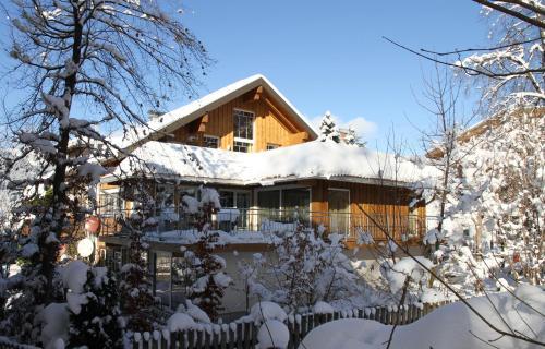 Hotelbilleder: Alpen-suite, Riezlern