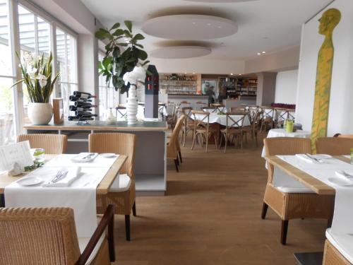 Hotel Pictures: aussicht bio hotel restaurant cafe, Neuburg an der Donau